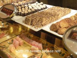 Feast Buffet 04.jpg